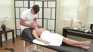 Smooth fucking on the massage bed with nice gut Bailey Brooke