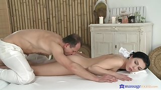 Needy babe fucks with the older masseur who's dick pleases her as a result influentially