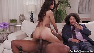 Sensual wife rides BBC betterment her hubby
