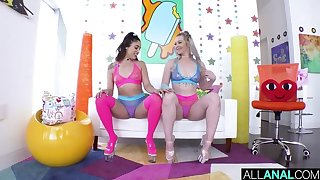Pair be proper of Buttsluts Gaped & Anal Creampied surpassing Cam! :O